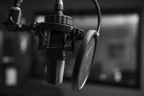 Laborategian podcast nabarmendutako irudia